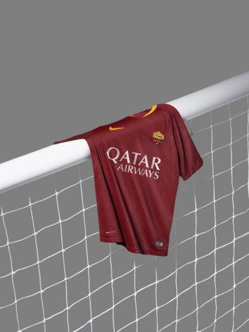 maillot-football-2018-2019-as-roma-mai-2018-3-767x1024